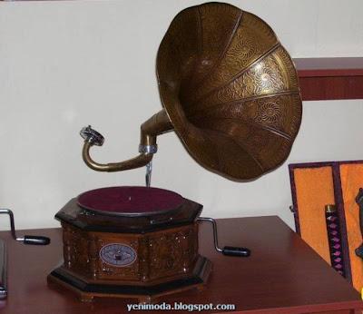 GRAMOFON1 yenimoda.blogspot.com Antika Gramofon Modelleri Gramofon  ÇeŞitleri