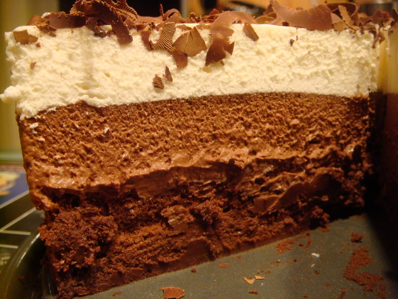 Delicious Dishings: Triple Chocolate Mousse Cake
