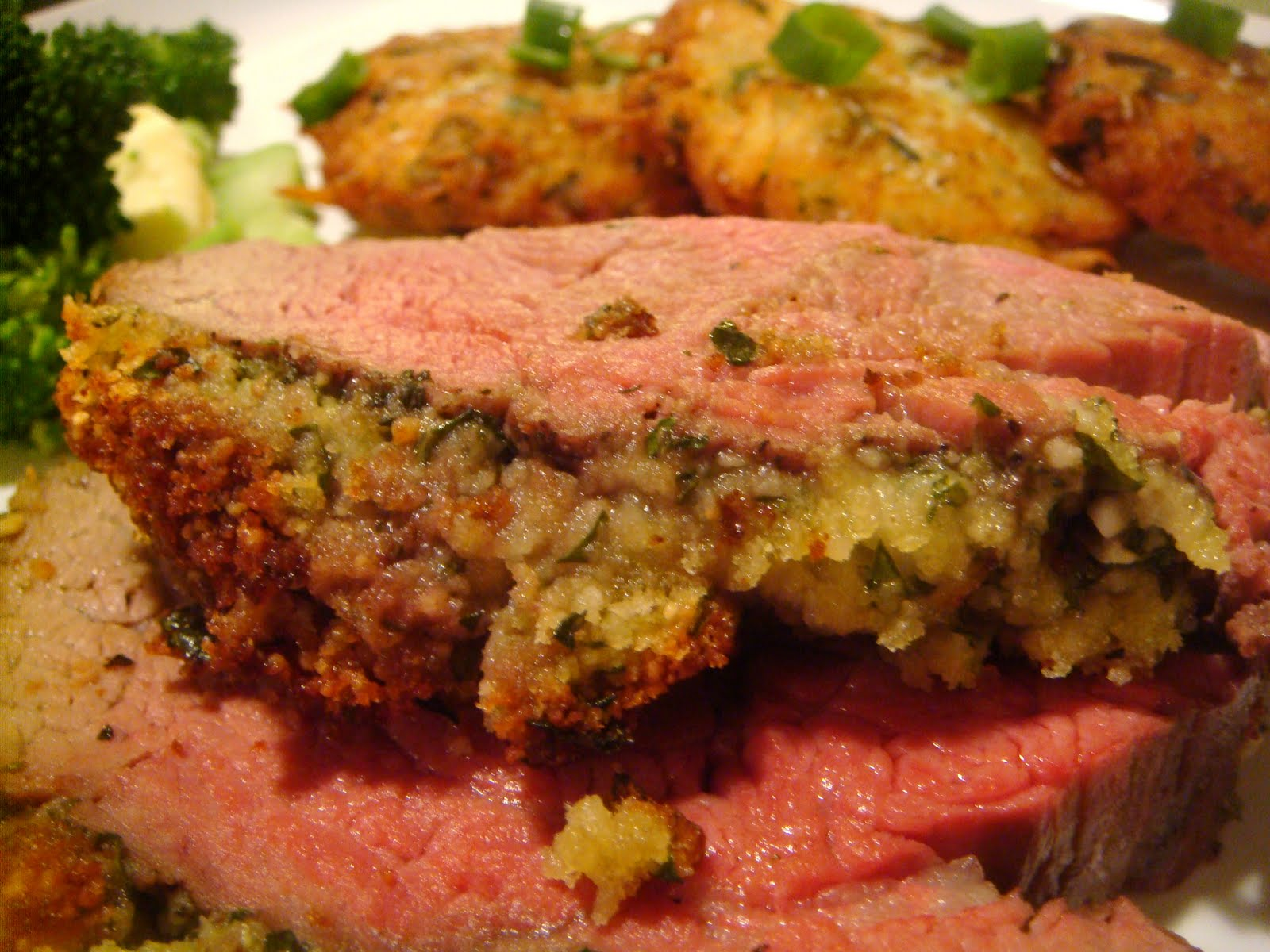 Delicious Dishings: The Showstopper: Herb-Crusted Beef Tenderloin