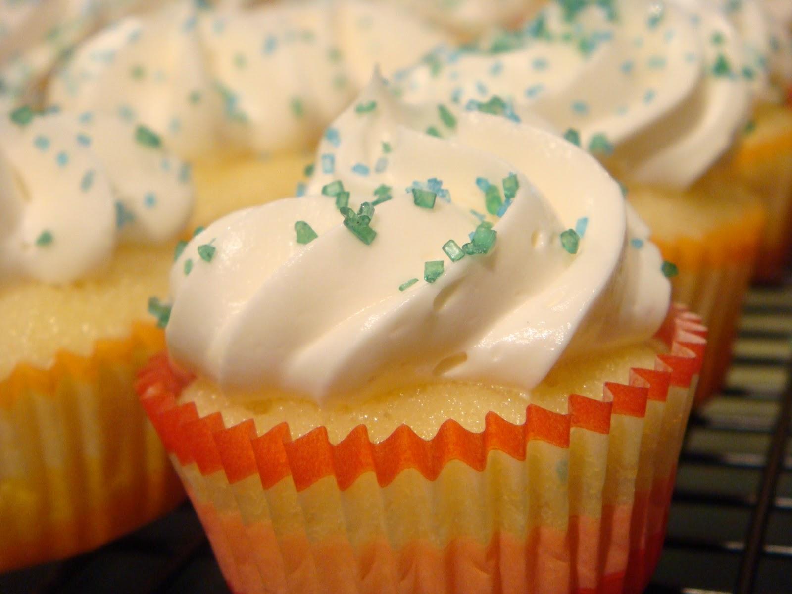 Martha Stewart Chocolate Cupcakes With Vanilla Frosting