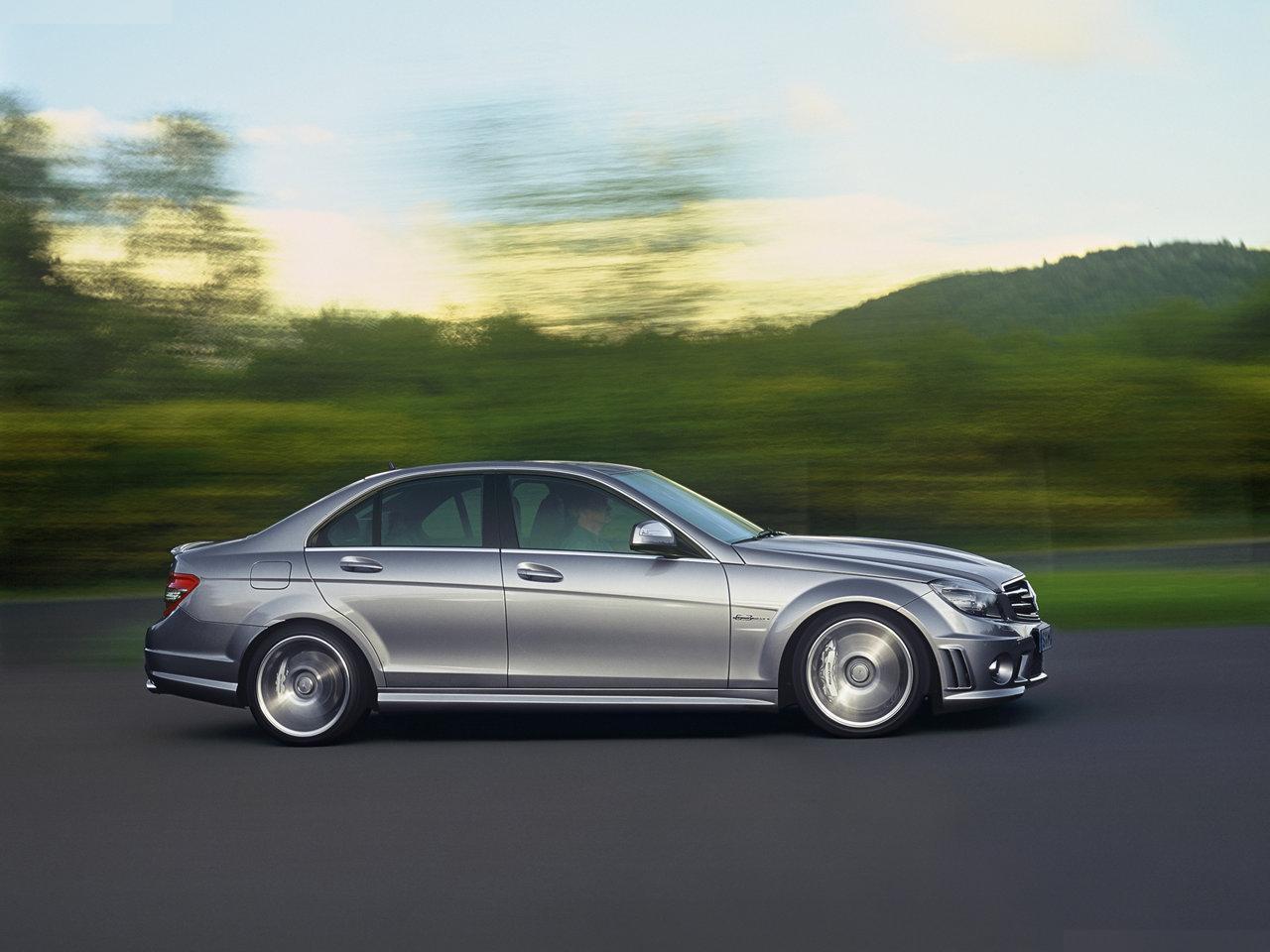 http://1.bp.blogspot.com/_9wfm8qFA_cY/TNw6S2AD9pI/AAAAAAAAMmQ/mPtPL9PZM54/s1600/Mercedes-Benz-C63_AMG_2008_1280x960_wallpaper_0f.jpg