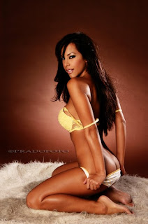 imagenes sexi las mas sexis mujeres mas guapas mujeres sexis en bikini  Lisa Angeline
