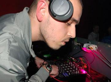 Atom / Mixmaster DOC - Sonorous Digital EP 3