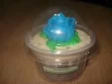 Cup cake serendah RM2.50. add RM0.30 utk mangkuk dome