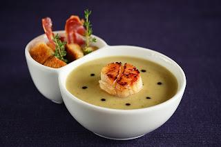 articsóka krémleves leves szt jakab kagyló fésűkagyló krumpli burgonya lilahagyma