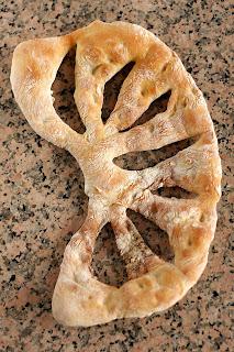 házi kenyér gránit gránitlap fougasse francia perec