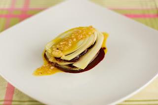 konfitált édesköménygumó ánizskaporgumó ánizskapor édeskömény zsálya koriander meggy cseresznye mille-feuille ezer réteg lasagne