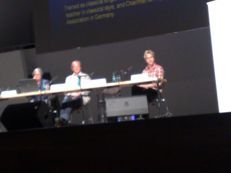 Mesa-redonda de Voz Cantada, no Congresso Europeu
