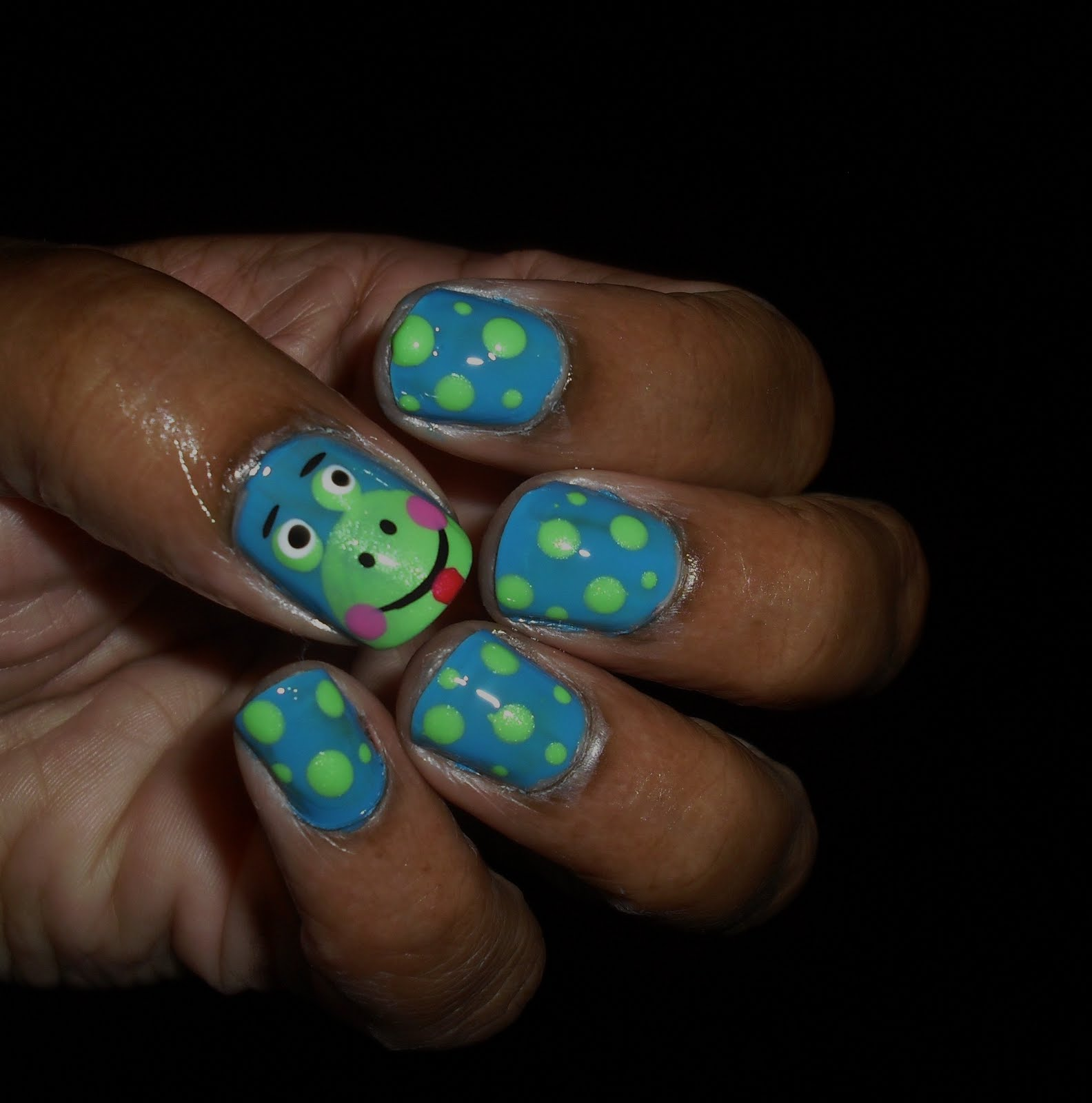The Princess of Polish: The Princess of Polish..Frog Nail Art