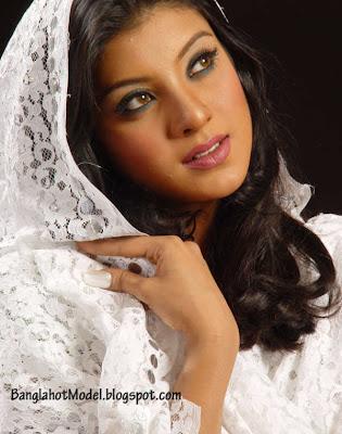 Sadia Islam Mou