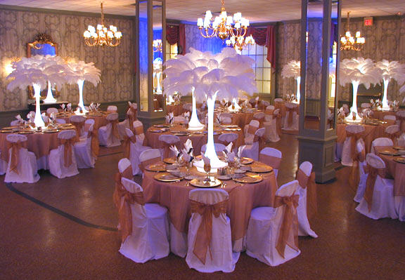 How To Decorate A Hall For A Wedding