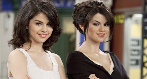pictures of selena gomez sister. Labels: Selena Gomez