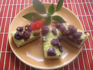Articole culinare : Prajitura cu branza dulce sau fructe