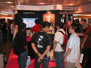 Lvl 3 Viwawa Booth at GCA 2008