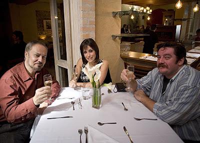 João Bourbonnais, Miranda Kassin e Carl Schumacher - Divulgação BAND