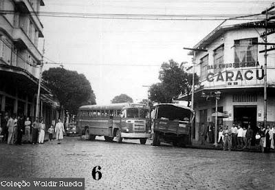 Foto antiga de Santos por volta de 1956 - arquivo Policia Civil coleção de Waldir Rueda