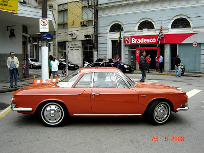 Carro antigo - Clique para Ampliar - Santos - SP - 23/09/2008 - Foto de Emilio Pechini