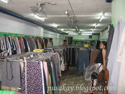 (from http://pusakay.blogspot.com/2008/09/ukay-ukay-stores-at-carriedo.html)