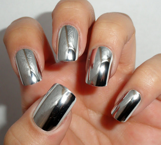 KellieGonzo: Broadway Fashon Diva Chrome Nails