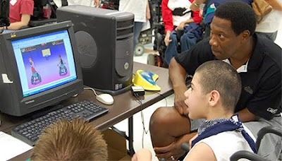 Image of an ex-professional basketballer playing head-to-head against a young boy in the one-switch game HoopStars.