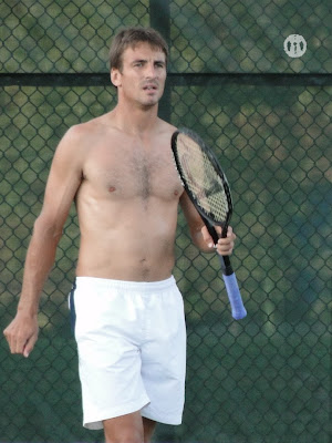 Tommy Robredo Shirtless at Cincinnati Open 2009