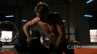 Justin Hartley Shirtless on Smallville s9e10