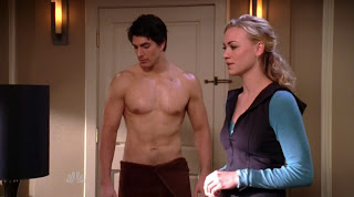Brandon Routh Shirtless on Chuck s3e08