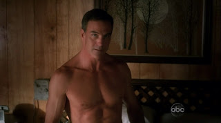 Richard Burgi Shirtless on Desperate Housewives