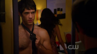 Michael Rady Shirtless on Melrose Place s1e11