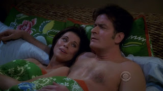 Charlie Sheen Shirtless on Two and a Half Men s7e09