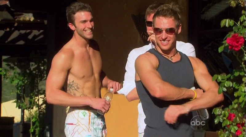 Jesse Beck Shirtless on The Bachelorette s6e02