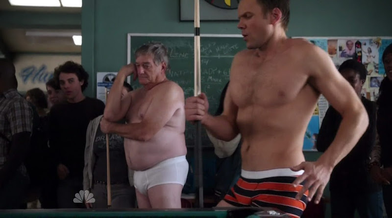 Joel McHale shirtless on Community s1e17