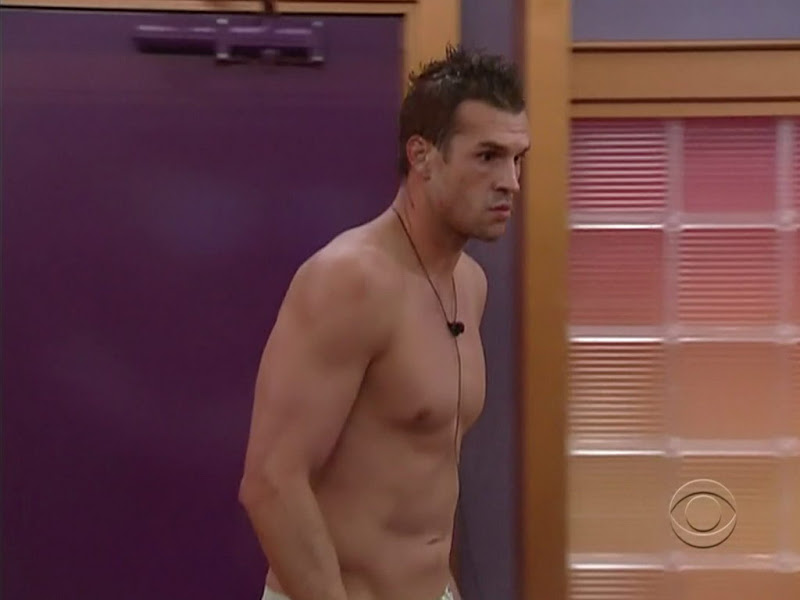Brendon Villegas Shirtless on Big Brothers 12 week 5