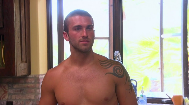 Jesse Beck Shirtless on Bachelor Pad s1e03