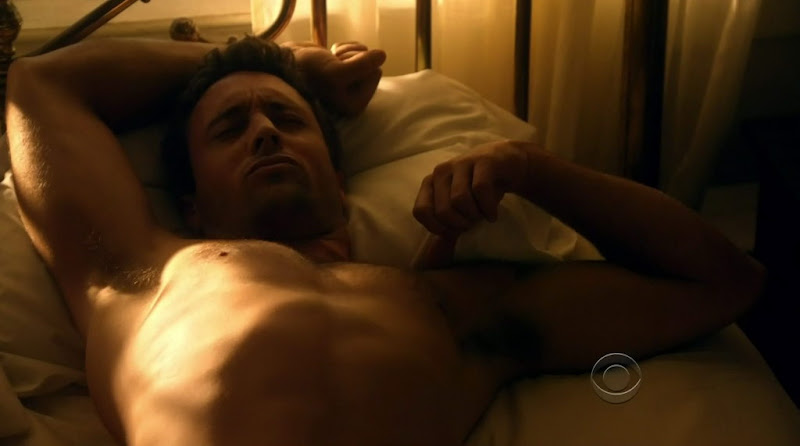 Alex O'Loughlin Shirtless on Hawaii Five-0 s1e05