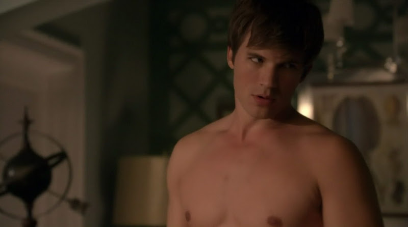 Matt Lanter Shirtless on 90210 s3e07