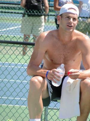 Andy Roddick Shirtless at Cincinnati Open 2010