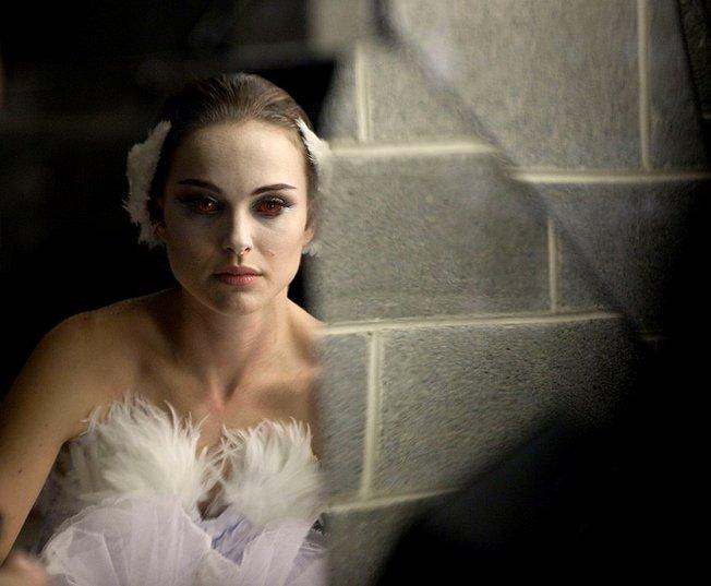 black swan natalie portman mila kunis. Starring: Natalie Portman