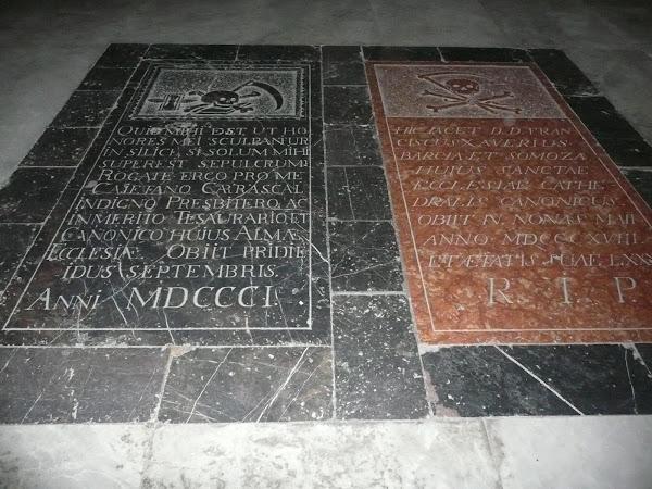 Sepulcros en la Mezquita de Cordoba (foto de Patri)