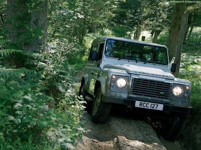 Land Rover Defender Standard Resolution Wallpaper 1