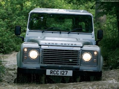 Land Rover Defender Standard Resolution Wallpaper 2