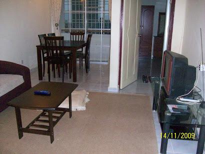 Ruang tamu/ruang makan: Unit 02