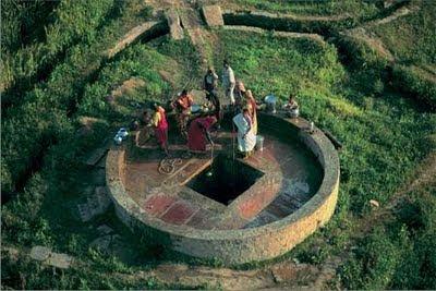 Les esperluettes d 39 epamin 39 et puits for Creuser puit jardin