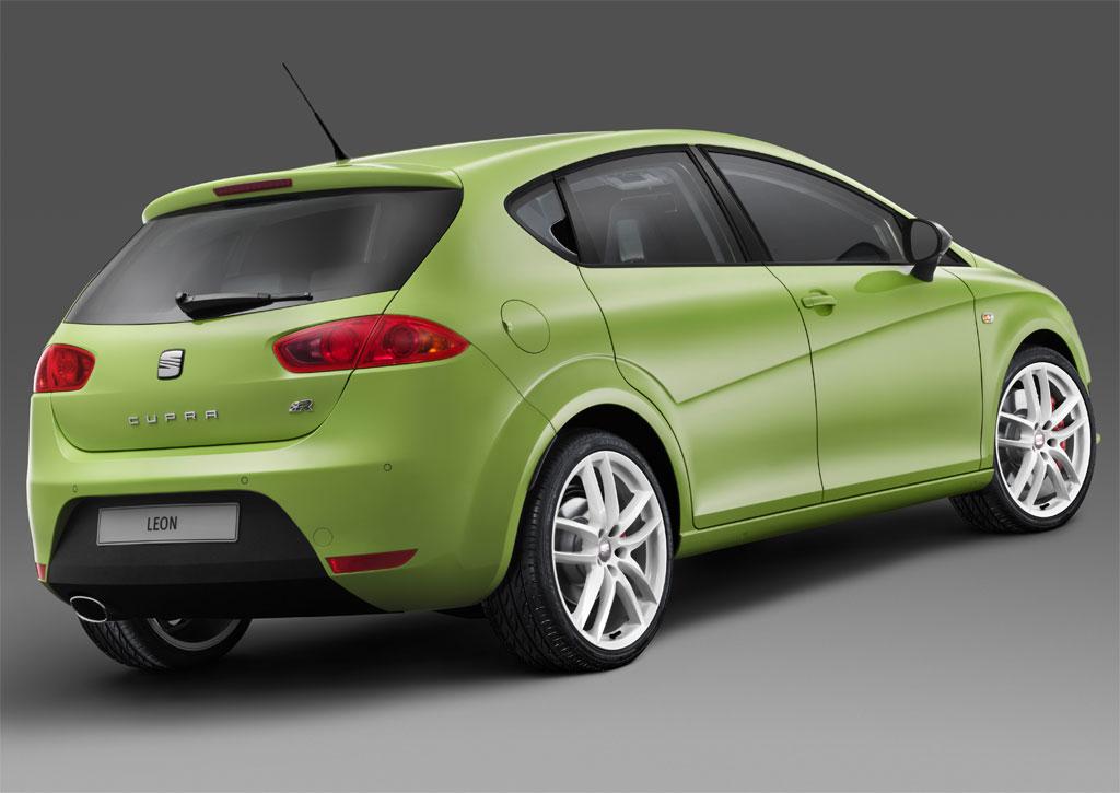 Seat Leon Sport Cupra. Video:Seat Leon Cupra R