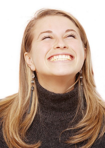 Invisalign dentist at Capital Smiledocs Dental Centre in Stittsville and Ottawa