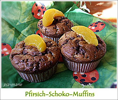 kaffeeklatsch einfache und schnelle rezepte pfirsich schoko muffins. Black Bedroom Furniture Sets. Home Design Ideas