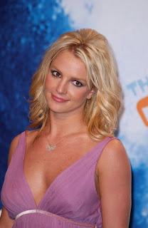 Exclusive Britney Spears Latest Hairstyle 2010