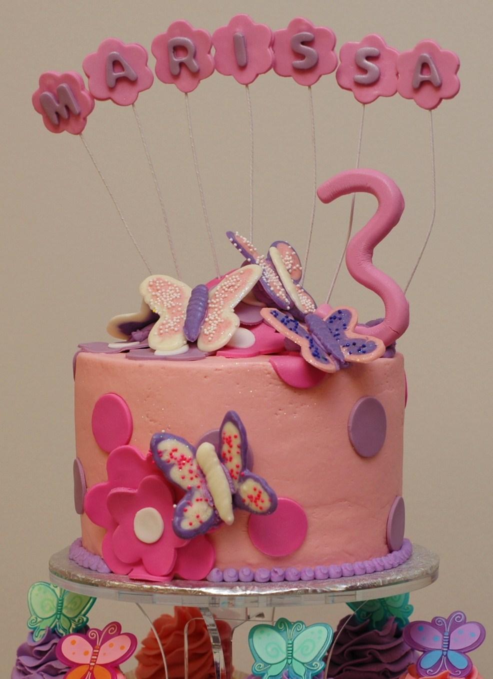 Tara\'s Cupcakes: May 2010