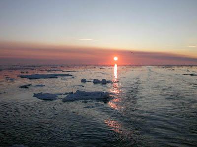 солнце-светит-на-заливе