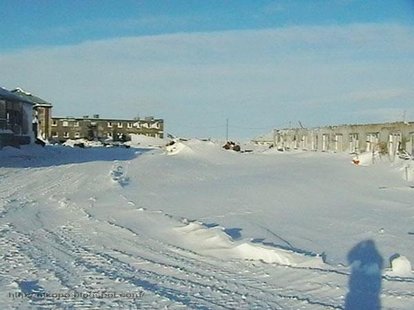 Фото прииска Восточный 2004-справа бичарня